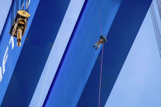 Successful abseil challenge completed on the Goliath Crane that assembled Aircraft Carriers