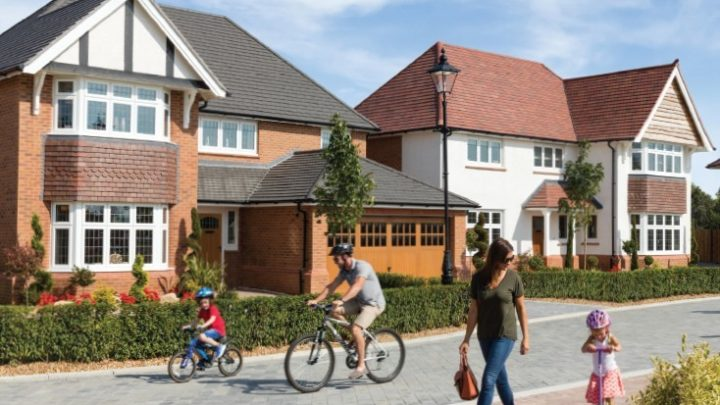 Distinctive homes in thriving new communities. It can only be Redrow